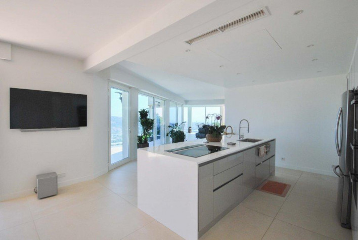 Achat-Maison / Villa-ST-LAURENT-DU-VAR