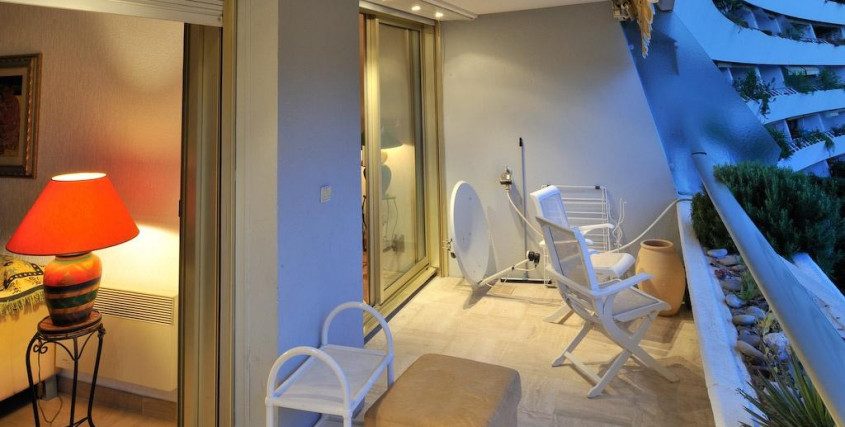 Location Saisonnière-Appartement-VILLENEUVE LOUBET