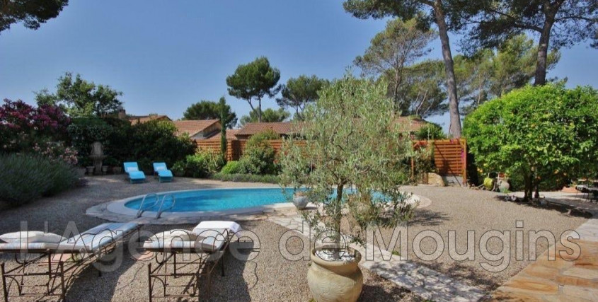 Location vide-Maison / Villa-MOUGINS