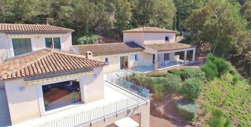 Achat-Maison / Villa-LES-ADRETS-DE-L-ESTEREL