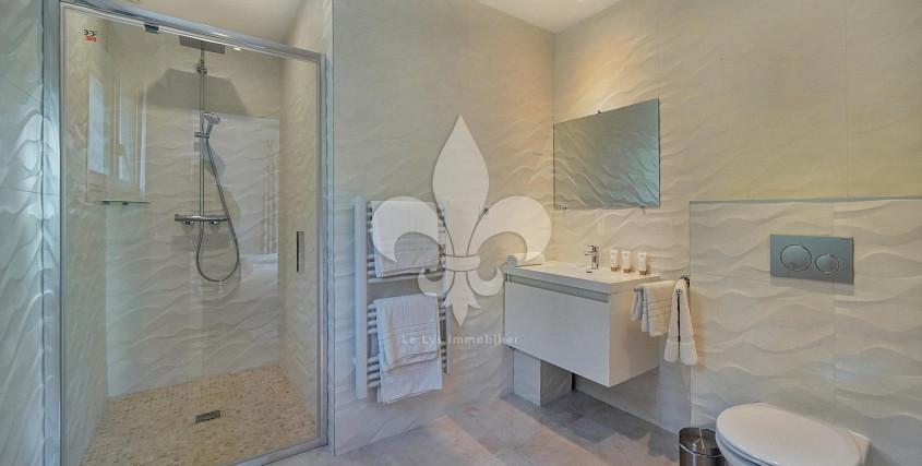 Location Saisonnière-Maison / Villa-GOLFE JUAN