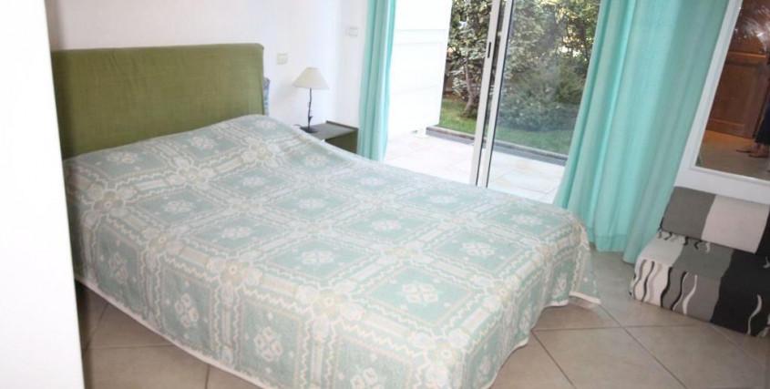 Location Saisonnière-Appartement-JUAN-LES-PINS