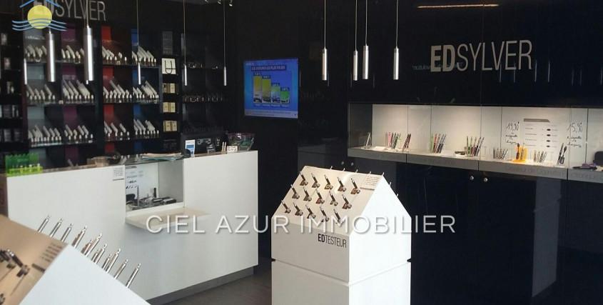 Achat-Bureau / Commerce / Local-CANNES