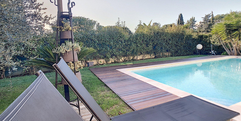 <br /> <b>Notice</b>:  Undefined property: immobileoffer::$title in <b>/var/www/html/nexthome.fr/includes/inc.page4.php</b> on line <b>25</b><br /> -Maison / Villa-MOUGINS