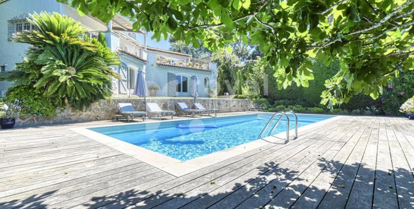 Achat-Maison / Villa-LE-CANNET