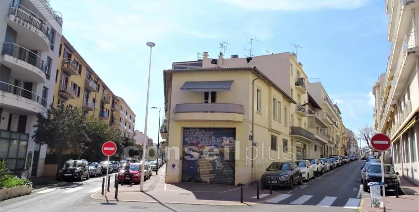 Achat-Bureau / Commerce / Local-ANTIBES