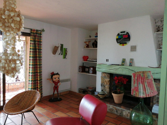 Location vide-Appartement-TOURRETTES-SUR-LOUP