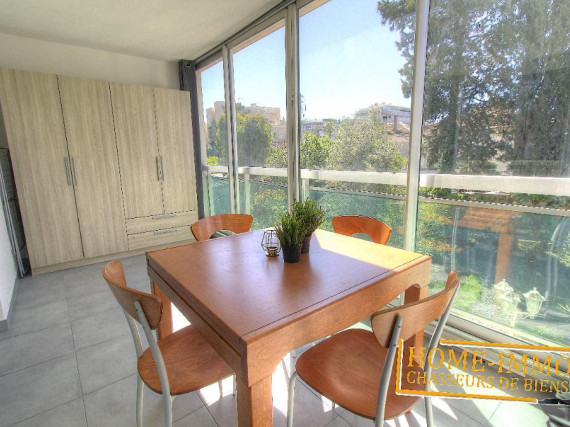 Location vide-Appartement-GOLFE JUAN