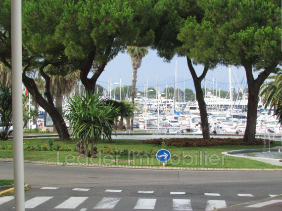Location vide-Appartement-ANTIBES